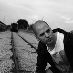 Eitan Reiter Releases Dark Avant-Pop LP