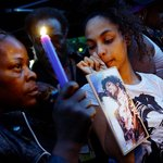 Details of Prince health emerge as world mourns singer's death